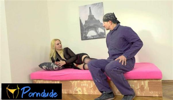 Sexy Escort Girl Shows Her Vixen Side - Czech Escort Girls - Rebecca Lee