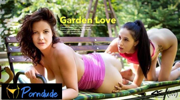 Garden Love - Viv Thomas - Alyssa Bounty And Dolly Diore