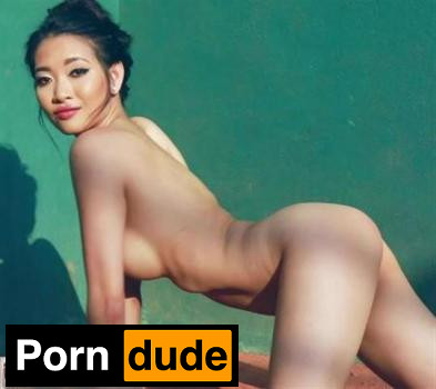Reina Strips Naked In Tennis Court - This Is Glamour - Reina