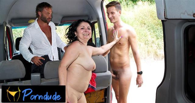 Sweaty And Horny In A Van - Mature Van - Klara Wells