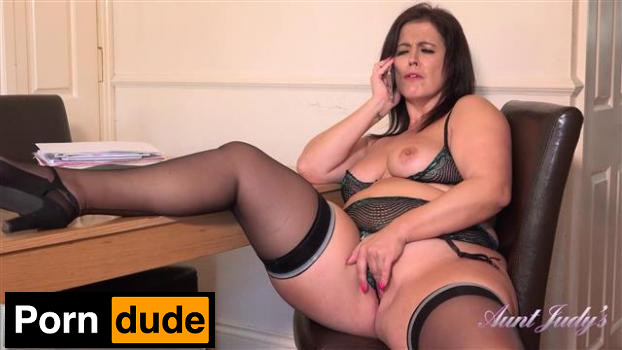 Montse Has Phonesex At The Office - Aunt Judys - Montse